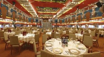 Stůl v lodní restauraci